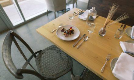 Io mangio da sola – Storie di bondage culinari tra me e il cibo